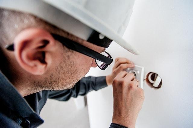 Instalaciones eléctricas deben tener una rigurosidad